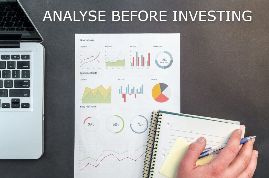Image showing to analyse before investing in Index Fund